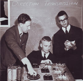 Dr HJ Duffus in physics class 28 Oct 1960
