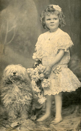 Dola Dunsmuir portrait with dog